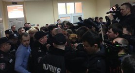 Deputies and Journalists not Allowed to Court Hearing of Vlasenko Case. PHOTO