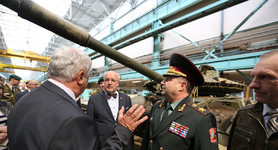 Ukrainian and Lithuanian Defense Ministers visited defense enterprises in Kharkiv. PHOTOS