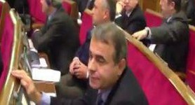 Party of Regions Deputies Continue Voting for Each Other. VIDEO